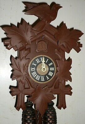 Very Nice Working German Black Forest Hand Carved Traditional 8 Day Cuckoo Clock