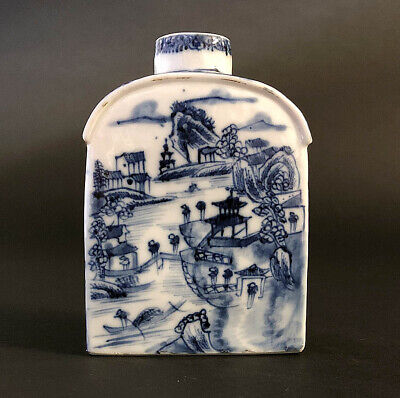 A Superb Quality Chinese Porcelain Tea Caddy, 1770