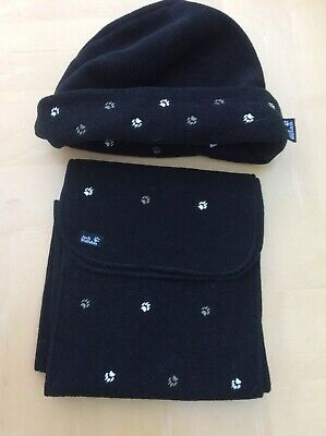 Jack Wolfskin Matching Hat And Scarf With Paw Prints