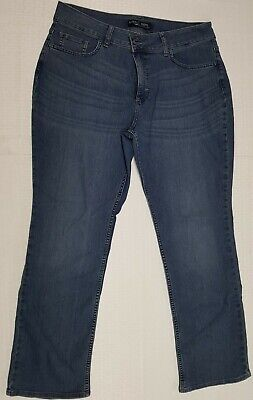 f2f0e4d6 Women's Riders by Lee Midrise Straight Leg Stretch Jeans Size 14P Item # 103