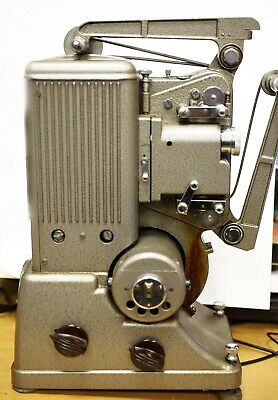 FASCINATING - VINTAGE SPECTO 8MM CINE FILM PROJECTOR - FOR SPARES or REPAIR