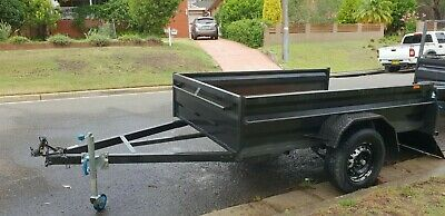 8x5 trailer in good condition