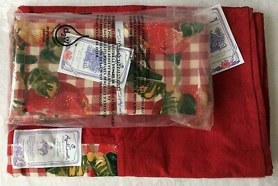 April Cornell Apple On Check Red Cotton Tablecloth 4 Napkins Set New