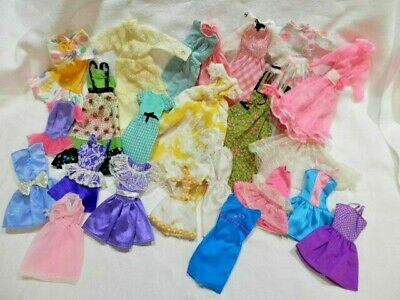 Barbie Clothes ~ Lot of 23 Dresses ~   Fashion Dress Up Play ~ FUN GROUP~ L@@K
