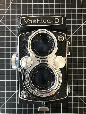 - Yashica D TLR Medium Format Camera 6x6, Yashikor 80mm f3.5, Cap And Lens Hood