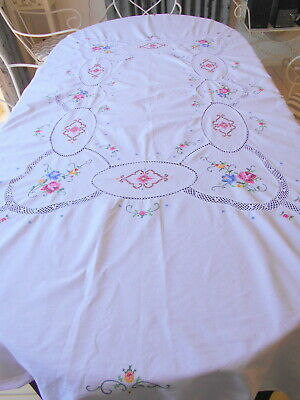 Exquisite Vintage White With  Embroidered Roses Tablelcoth, As New Never Used