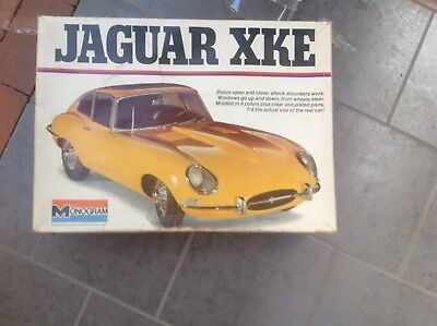 Jaguar e type 1961 early 3.8 HUGE 1/8th scale decades old collectors ITEM