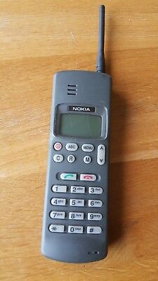 Vintage Nokia 101/thx-6Y  Mobile Phone Collectable