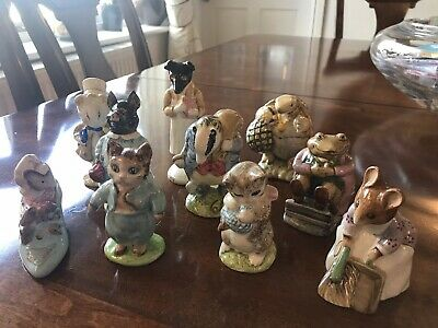 BESWICK Beatrix Potter figurine collection (16) good condition vintage.