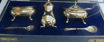 SUPERB BOXED VINTAGE ENGLISH SILVER CRUET SET by CHATTERLEY  c.1986