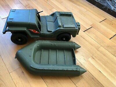 Vintage (1975) Hasbro Paw Tucket Action Man jeep -Spares and Repairs plus dinghy