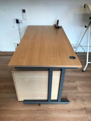 Straight Office Desk with mobile drawer unit, Metal Frame - 160cm x 80cm
