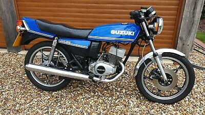 Suzuki GT200 X5 11000 Miles 6 Former Keepers Great Condition