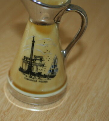 Vintage Small Wade Jug  - Souvenir  From A Visit To Tower Of London