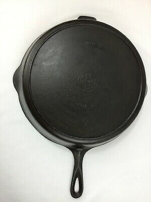 Vintage #12 Griswold Cast Iron Skillet Heat Ring Large Logo Kitchen Frying Pan