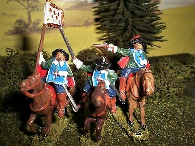 Painted French Royal Musketeer Guard. Scale 1.72.