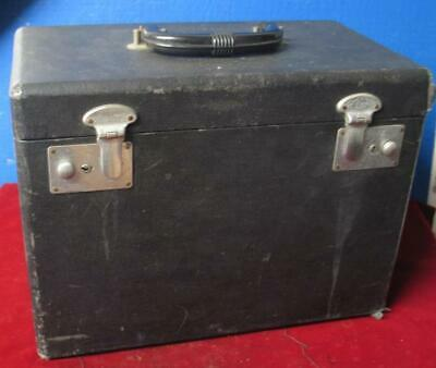 Vintage Singer Featherweight Sewing Machine  Carrying Case