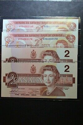 Consecutive 1974 + 1986 Bank of Canada $2 Two Dollar Banknote w/ New BCW Sleeves