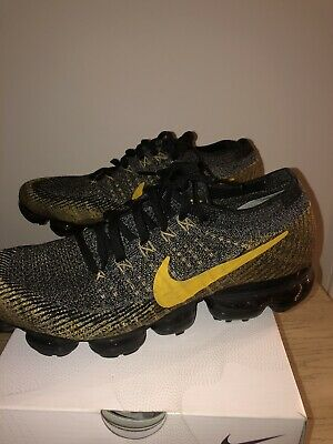 Men's Nike Air VaporMax FlyKnit Size  8.5Black/Mineral Gold/Dark Grey