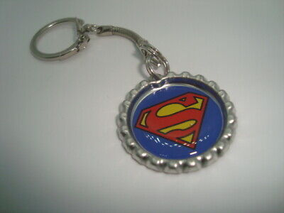 SUPERMAN design Bottle Cap key chain Snake style Silver Tone Polyurethane