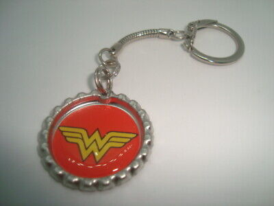 WONDER WOMEN design Bottle Cap key chain Snake style Silver Tone Polyurethane
