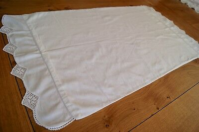 VINTAGE WHITE COTTON PILLOWCASE Fold Over Ends with Crochet Lace P41