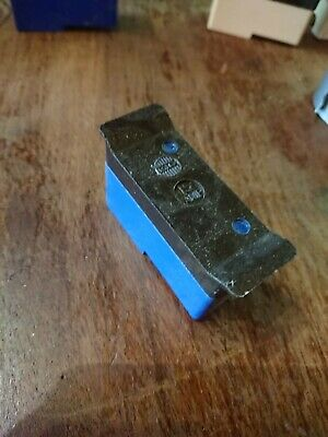 BS3036 REWIREBLE FUSE CARRIER AND Base WYLEX 15A