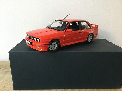 1:18 BMW (E30) M3 Coupe Street Version Red Minichamps Dealer Edition 80430148538