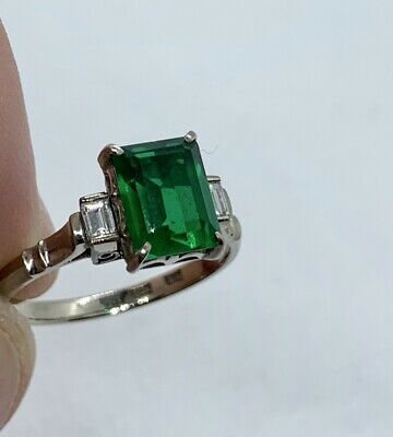 Vintage Estate Solid 14K White Gold Lab Created Emerald Stone Ring