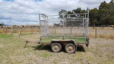 Tandem trailer and cage