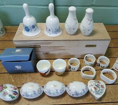 Collection 16 Wedgwood Miscellaneous Small Pieces Eggs Bells Egg Cups 34E