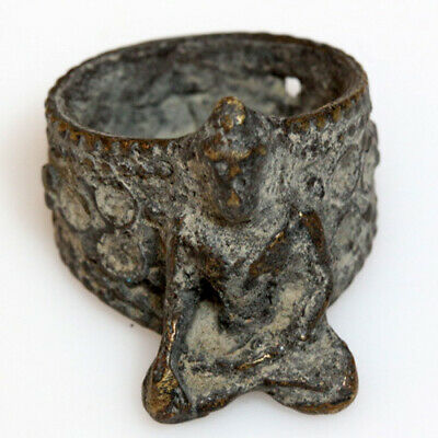 Stunning India Decorated Medieval Bronze Ring Depicting A God Ca 1300 Ad