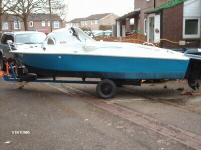 16ft fushing boat with 9.9 mercury four stroke and trailer