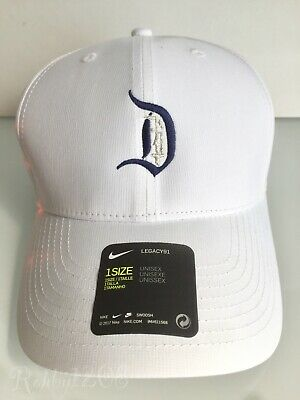 Disney Parks Exclusive Mickey Castle D Nike Dri Fit White Baseball Cap Golf  Hat 56afc5e0a21
