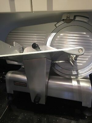 Beckers Italy S300 Commercial Catering Deli Butchers Meat Slicer 230 V