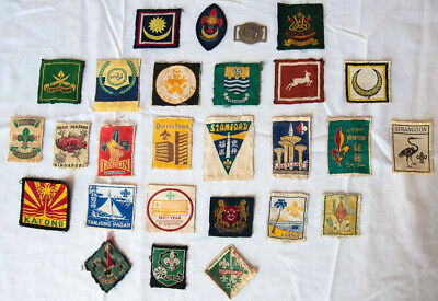 Scout memorabilia Collection of 9 Malaysian and 17 Singapore badges