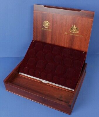 Australia: 2000 Olympic 8 $100 gold & 16 $5 silver proof set deluxe wooden case