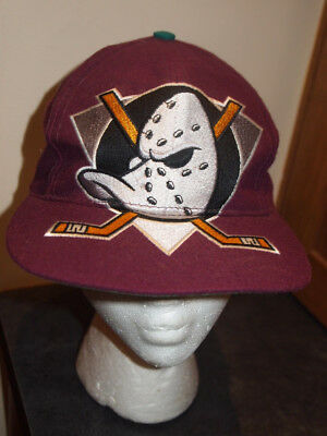 sneakers for cheap 9feae 15d21 Vintage 90s Anaheim Mighty Ducks Snapback Hat Cap Signatures Big Logo SUPER  RARE