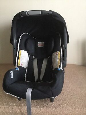Britax romer baby safe car seat and Britax Baby Safe Belted Base