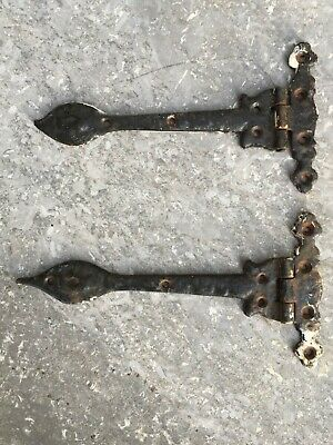 """Salvaged Pair Of Old Cast Iron 9"""" Spear Door Hinges"""