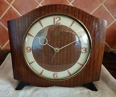 Vintage Wooden Smith Sectric Eletric Mantle Clock 200/250V Good Working Order