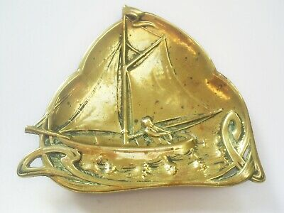 c1900 LOVELY ANTIQUE ART NOUVEAU SOLID BRASS SAILING YACHT WALL PLAQUE/DISH