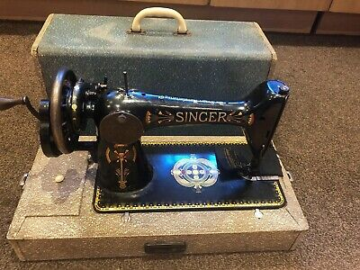 Vintage Singer Hand Operated Sewing Machine with Case
