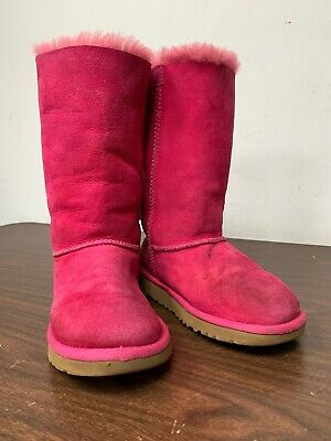 c4eaba7af51 UGG CLASSIC TRIPLE Bailey Bow Tall Cerise Pink Youth Girls Boots Size US 2  EU 32