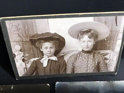 Lot Of Vintage Old Antique Real Photo's & Postcard Pictures