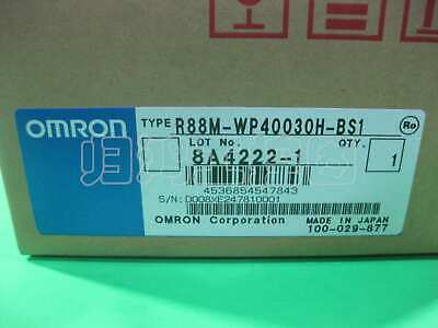 1PCS used working  R88M-WP40030H-BS1 Via DHL or EMS