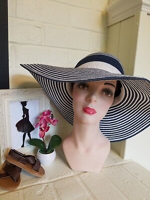 51600b8a1b290 FRENCH CONNECTION 100% Paper Straw Woven Wide Brim Summer Beach Hat ...