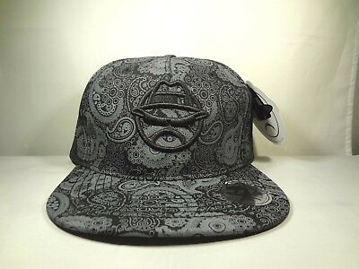 6d04fe682c7 New Men s Hat Lowrider Snapback w  Golo Man Logo   Awsome Design Look