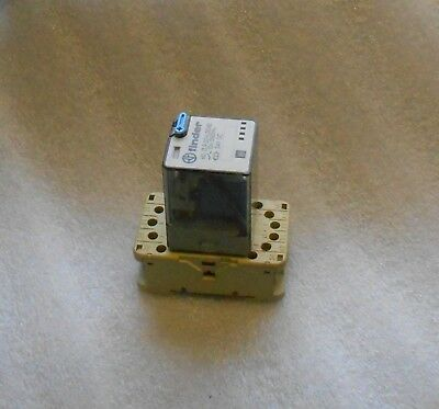 Finder Relay Cube Type # 60.13.9.024.0040, w/ Base, Used, Warranty