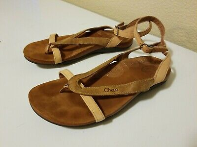 c6cd903abec1 CHACO SOFIA BROWN Leather Gladiator Sandals Women s Size 7 -  18.27 ...